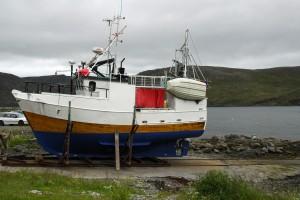 Fischkutter auf der Insel Magerøya, auf der auch das Nordkap liegt. Foto: © Ralf Schröder